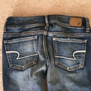 NWT American Eagle jeans size 4